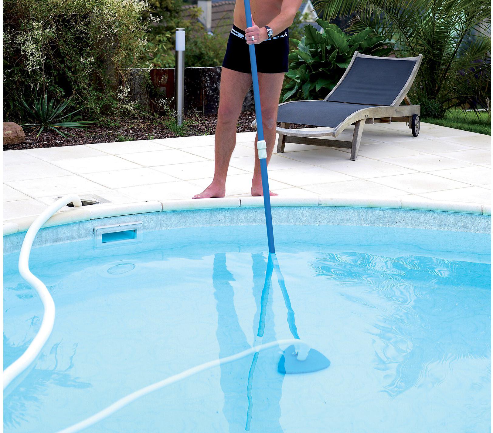 balai pour piscine accessoires de nettoyage pour piscine. Black Bedroom Furniture Sets. Home Design Ideas